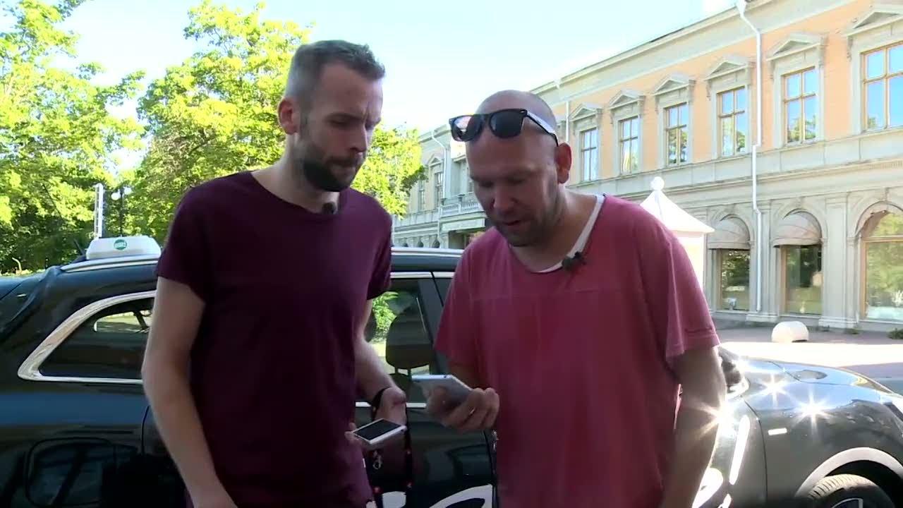 flickvän litar inte på mig Jönköping