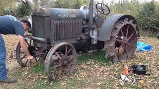 80 साल पुराना ट्रैक्टर(3)