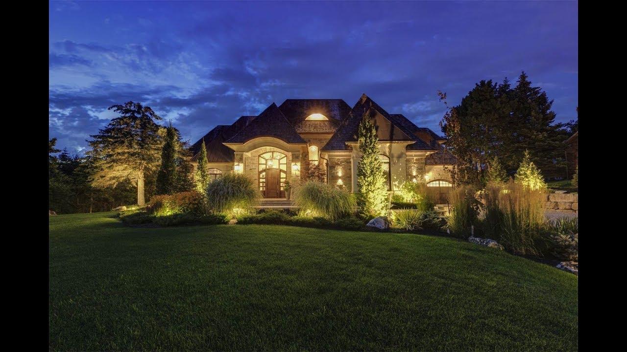 Contemporary Kleinburg Estate In Vaughan Ontario Canada