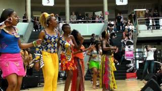 Gambar cover Daughters of Africa (Afrika Dag) @ The Hague
