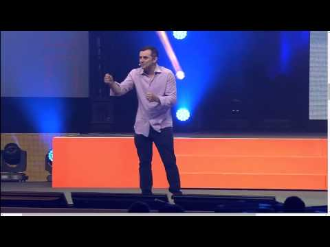 Gary Vaynerchuk Dropping MASSIVE VALUE & Knowledge About The Future Of Social Media Marketing...