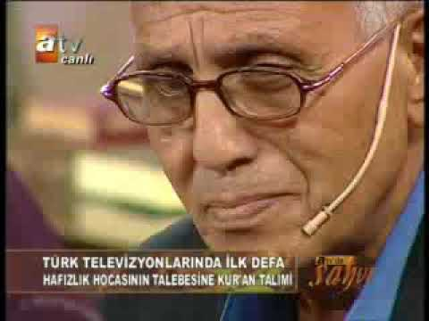 Qoriah terbaik asal Turki.