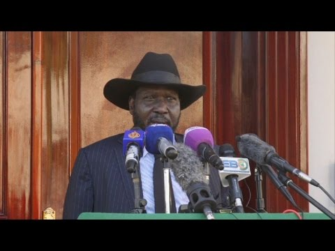 South Sudan president tours Juba after rumors of his death (2)