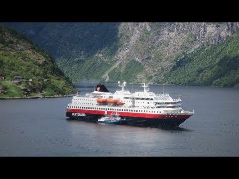 Hurtigruten tendering in Geiranger