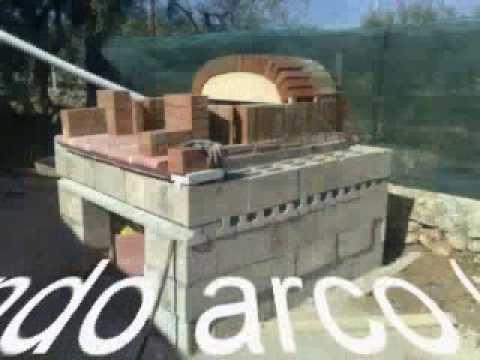 Costruzione forno a legna parte 1 youtube for Sportello per forno a legna