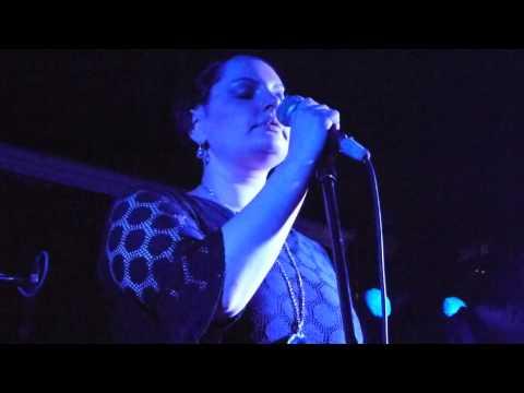 SOPHYA Pale blue Moon Live 09092011