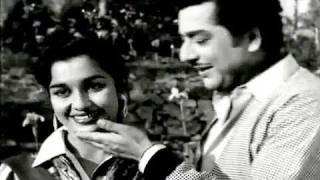 Ye Jindagi Ka Mausam - Asha Bhosle, Mohammed Rafi ,Ghunghat Song