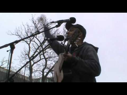 Tom Morello - Wisconsin Protests - Speech and Union Song - Madison, WI 2-21-11