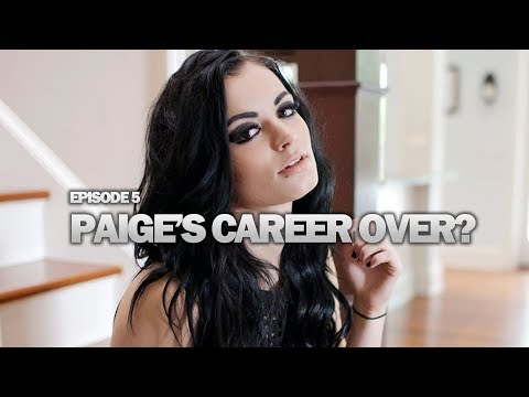Voice of Wrestling (1/15/2018): Paige's Career Over, Favorites To Win Rumble, RAW 25 & More