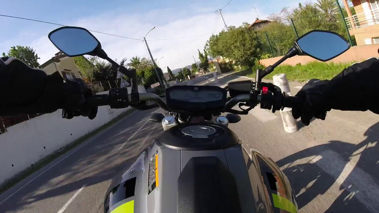 Essai yamaha mt 07 2016 brid e 47 5cv salon de la moto cagnes sur mer 2016 youtube - Salon moto cagnes sur mer ...