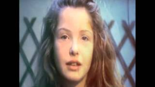 Crystal Castles   Telepath video)