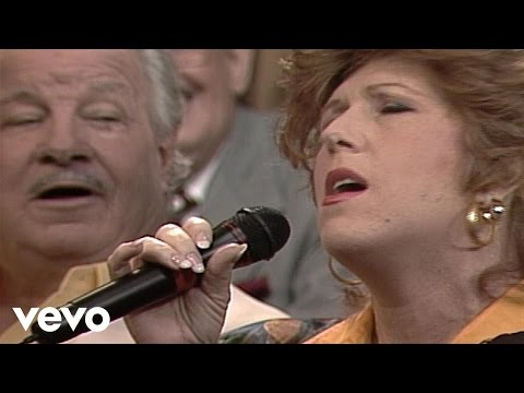 Bill & Gloria Gaither - On Jordan's Stormy Banks (Live)