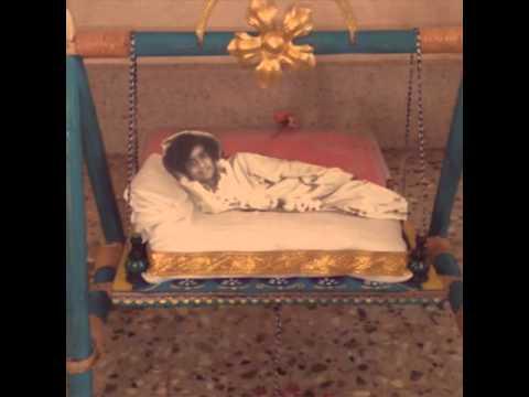 Joola Utsavam to Lord Sathya Sai