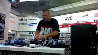 DJ daddy K Medi Markt Liège le 02-02-2013 video 1
