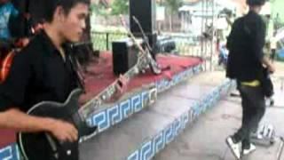 Red_Ant - Lagi Bohong (Marvel) Live @Losari Terminal 1.1.2012