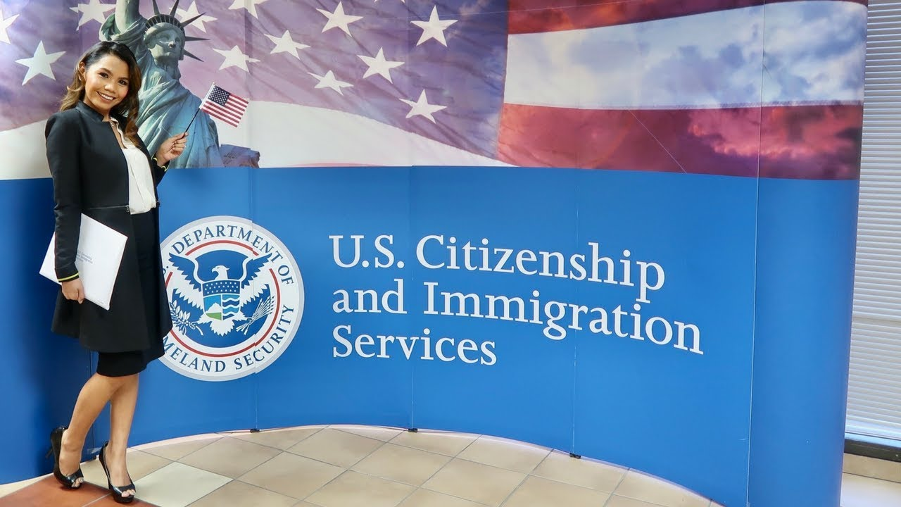 US CITIZENSHIP OATH TAKING CEREMONY 2018
