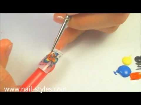 manicure: Nail art. Multi-colored butterfly. Бабочка - рисунок на ногте.
