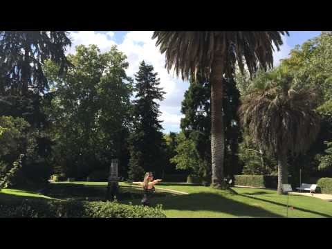 Martyna Spinning in Royal Botanical Garden of Madrid (Madrid, Spain)