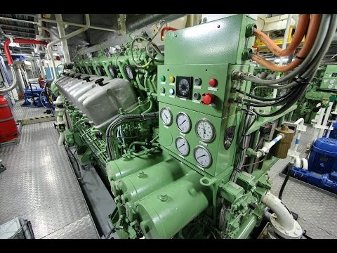 ABC Diesel Engine Startup - Tugboat 5500hp