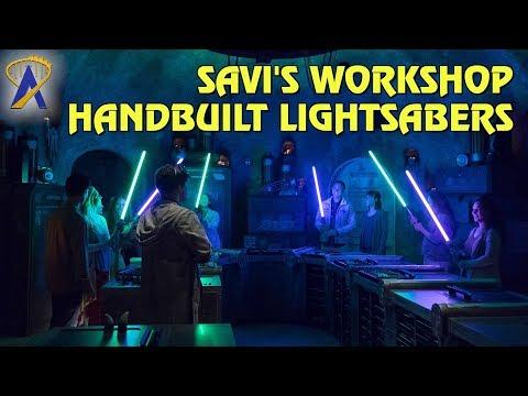 Star Wars: Galaxy's Edge - Saiba onde e como construir seu próprio Sabre de Luz.