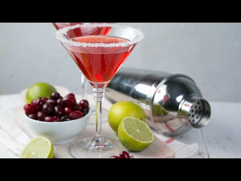 3 New Cocktail Trends To Shake Up Your Drinking Game