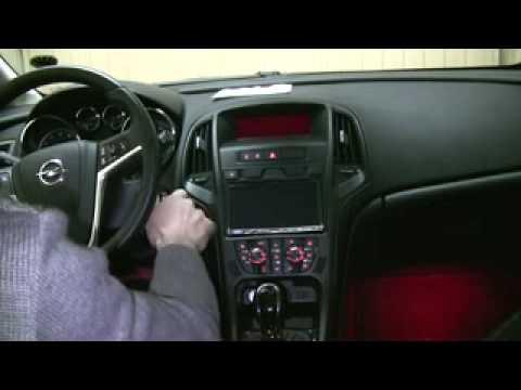 Nuovo Alpine ICS-X8 2 DIN su Opel Astra J parte 1 di 3