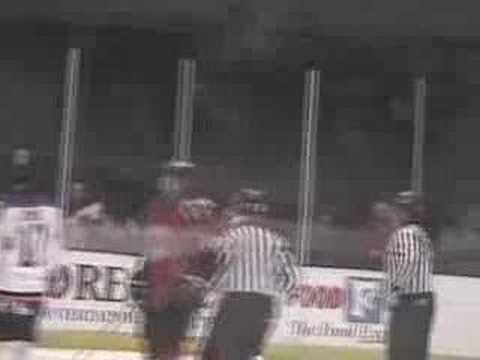 SPHL-Knoxville Ice Bears Mike Craigen Fight of the...