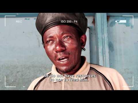 Meet the Artist - Yassini Haruna - Acrobat - Dar Es Salaam (n.9)