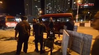 Raided Penang food stall operators hijack MBPP lorry in protest