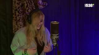 Anouk - Cold Blackhearted Golddiggers | Live bij Evers Staat Op
