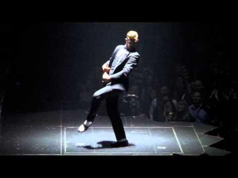 Justin Timberlake dancing like MJ in Vegas!!!  11/30/13
