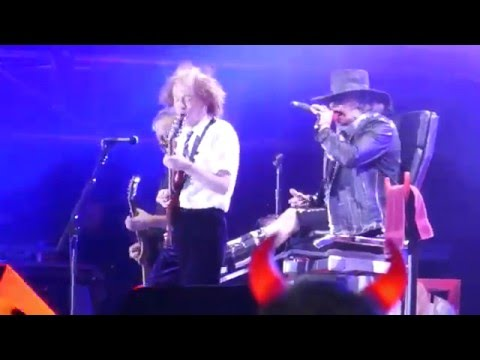 AC/DC featuring Axl Rose - Hell
