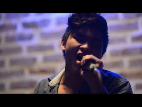 Ngẫu Hứng Sông Hồng  - Thành Nam The Voice/ Duy Phong Guitar/ Việt Johan