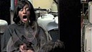'Ghost' In The Mirror Scare Prank At Hair Salon !!!