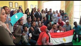 محافظ الإسماعيلية يستقبل وفد الشباب العربي المشارك في سفينة السلام