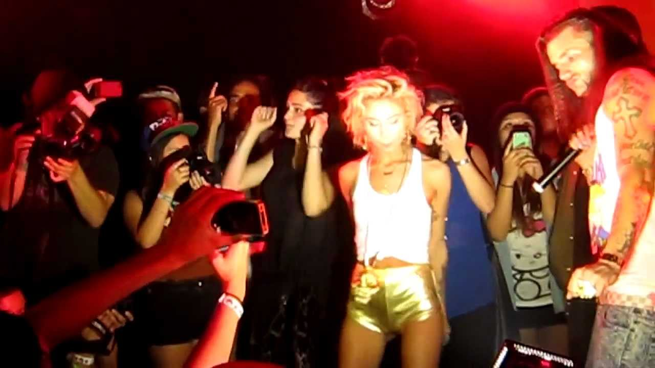 squirt lil debbie LIL' DEBBIE & RiFF RAFF 'SQUiRT' OFFiCiAL ViDEO HD - YouTube.