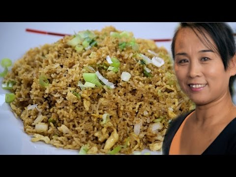Chinese Egg Fried Rice Recipe (Chinese Style Cooking Recipe)