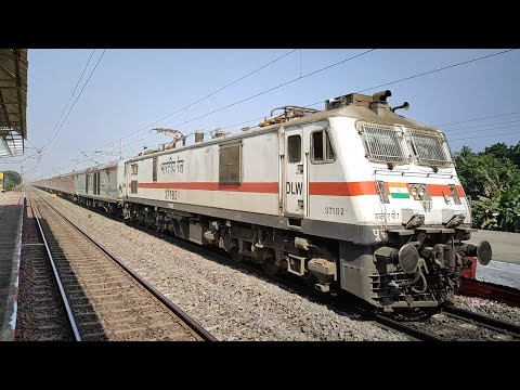3-in-1-top-speed-encounter-|-wap-7-rajdhani,-shatabdi-and-duronto-torments-the-track-at-130-kmph-!!!