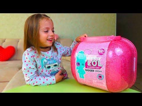 ОДНИ ДОМА с мамой Открыли ЛОЛ сюрприз LOL Surprise BIGGER SURPRISE for kids КУКЛЫ с париками