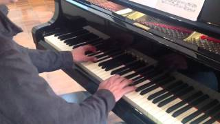 Download Hindi Video Songs - Fali Pavri rehearses for his concert at Fjell kirke