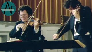 Perlman and Zukerman: Henryk Wieniawski - Caprice in A Minor (Excerpt)