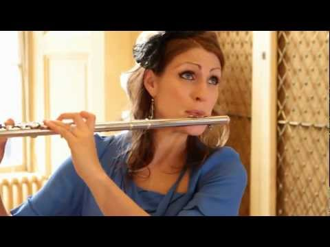 Katherine Bryan video - Fantaisie for Flute - Hue