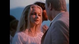 Актриса Наталья Вавилова в клипе Индийское лето, музыка Джо Дассен Joe Dassin ( L'ete Indien)