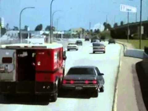 L.A. Heat - S01E05 Scene 8