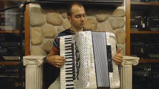 How to Play Balkan Music on Piano Accordion - Lesson 6 - Moldavian Sirba