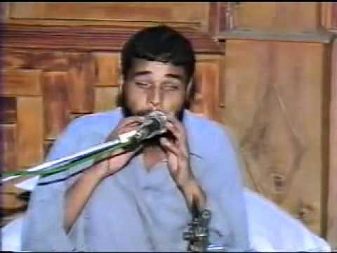 Talented Blind Singer (amazing pakistan 01 Malik Collection.flv