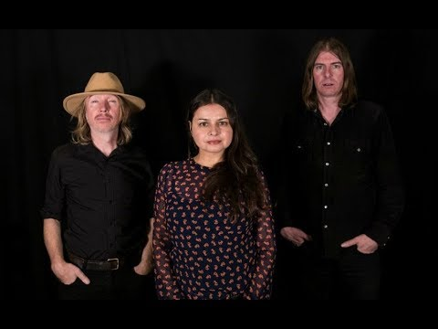 Hope Sandoval & The Warm Inventions - Live, NYC RADIO 2017-10-24, 3 SONGS lIVE + INTERVIEW