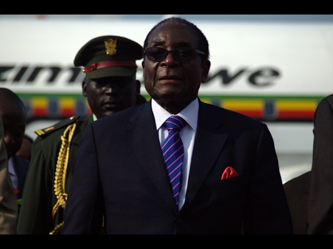 Mugabe condemns AU for Morocco admission
