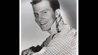 PAT BOONE- LOVE LETTERS IN THE SAND