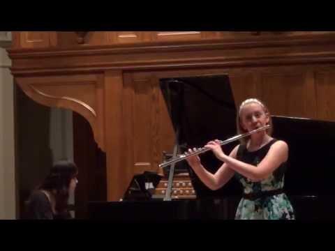 Emma Resmini: Martinu Flute Sonata - I. Allegro moderato